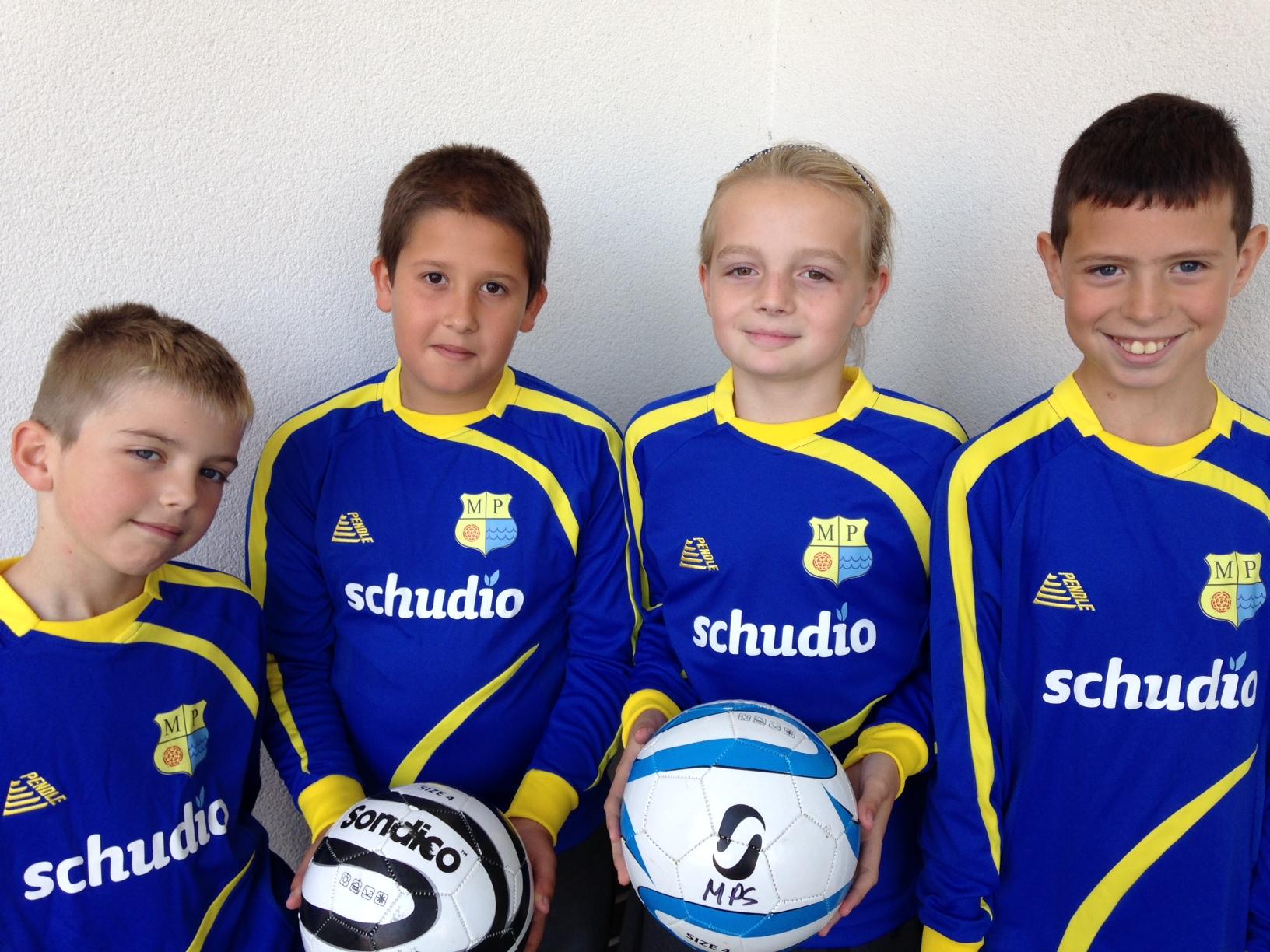 Mereside Football Team - Sponsored by Schudio